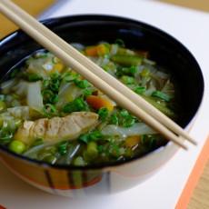 Zupa wietnamska